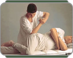 picture of Maria Mercati treating sciatica with Chinese massage